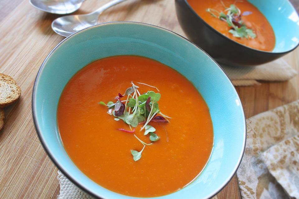 Aromatyczna zupa krem z batatów z curry