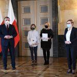 Utrwalić pamięć o Zbrodni Katyńskiej - finałowa gala konkursu wojewódzkiego - galeria