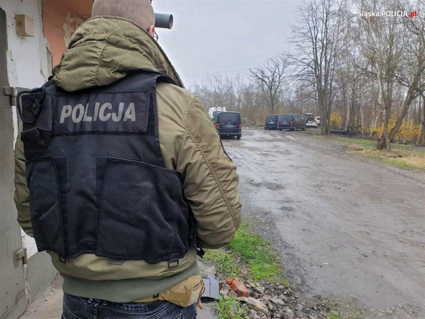 Ruda Śląska: Policjanci śmiertelnie postrzelili mężczyznę podczas próby zatrzymania - galeria