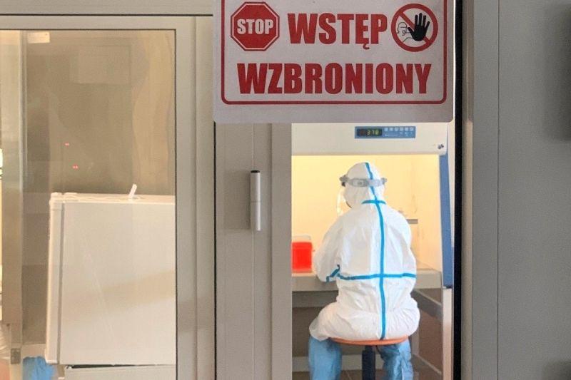 Dzięki Polskiej Grupie Górniczej więcej testów na koronawirusa w regionie - galeria