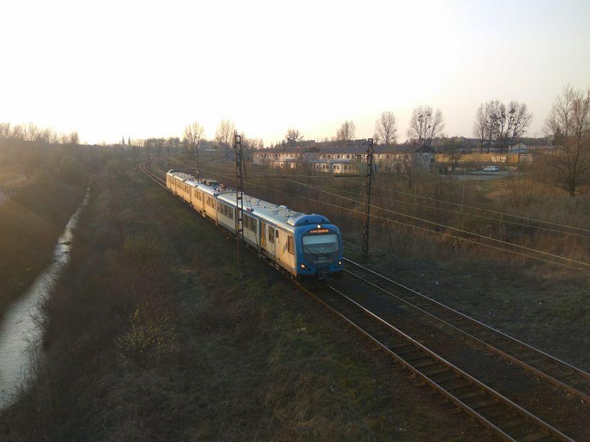Pociąg Kolei Śląskich został ostrzelany. Nie ustalono jeszcze tożsamości sprawcy - galeria