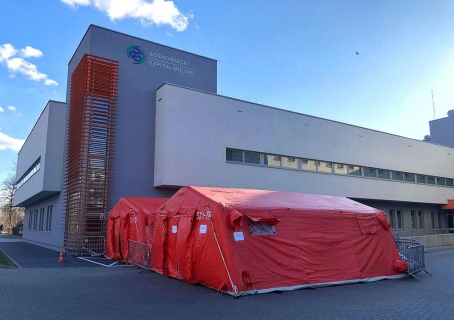 W sosnowieckim Szpitalu Miejskim potwierdzono 14 przypadków koronawirusa! - galeria