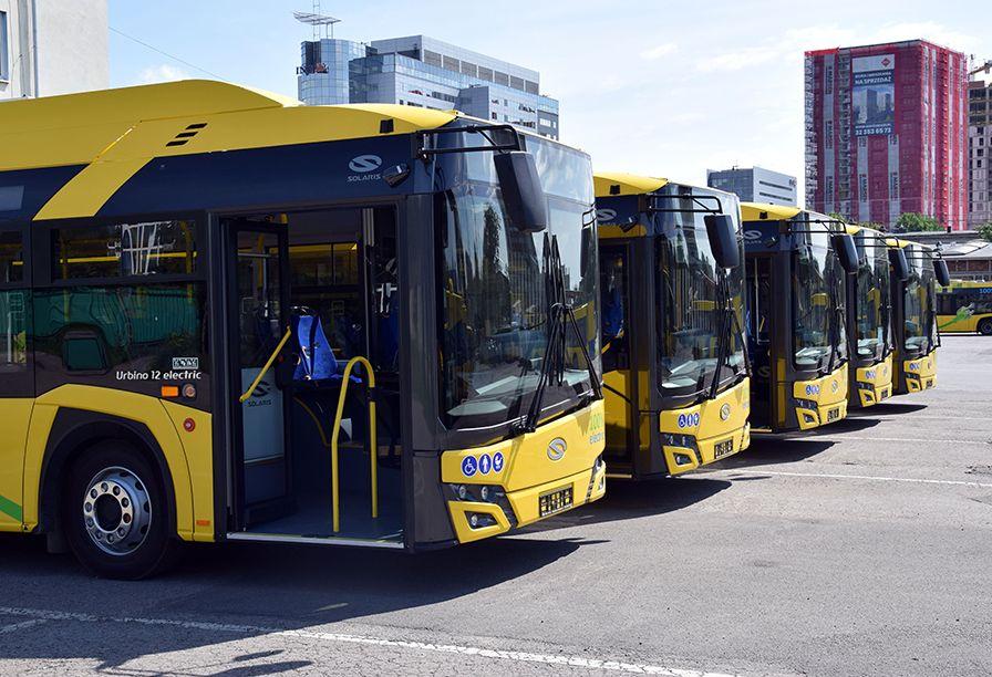 COVID opóźnia uruchomienie autobusowych linii metropolitalnych - galeria