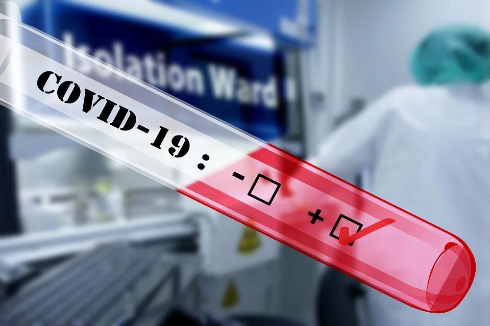 Rząd buduje szpital polowy dla chorych na COVID-19: będzie gotowy w tym tygodniu - galeria