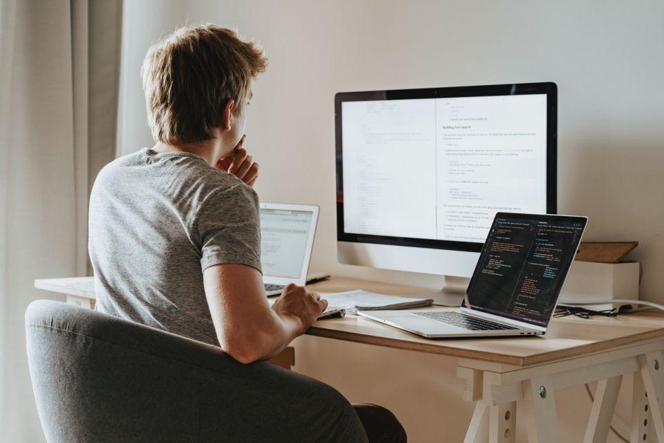 Czy warto wnioskować o kredyt gotówkowy przez internet? - galeria