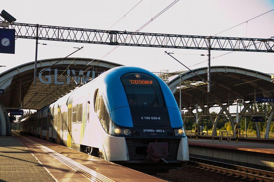 Dodatkowa para torów na trasie Gliwice-Katowice. Metropolia podpisała porozumienie z PKP PLK - galeria