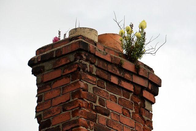 Bytom: Kobieta wpadła do przewodu kominowego - galeria