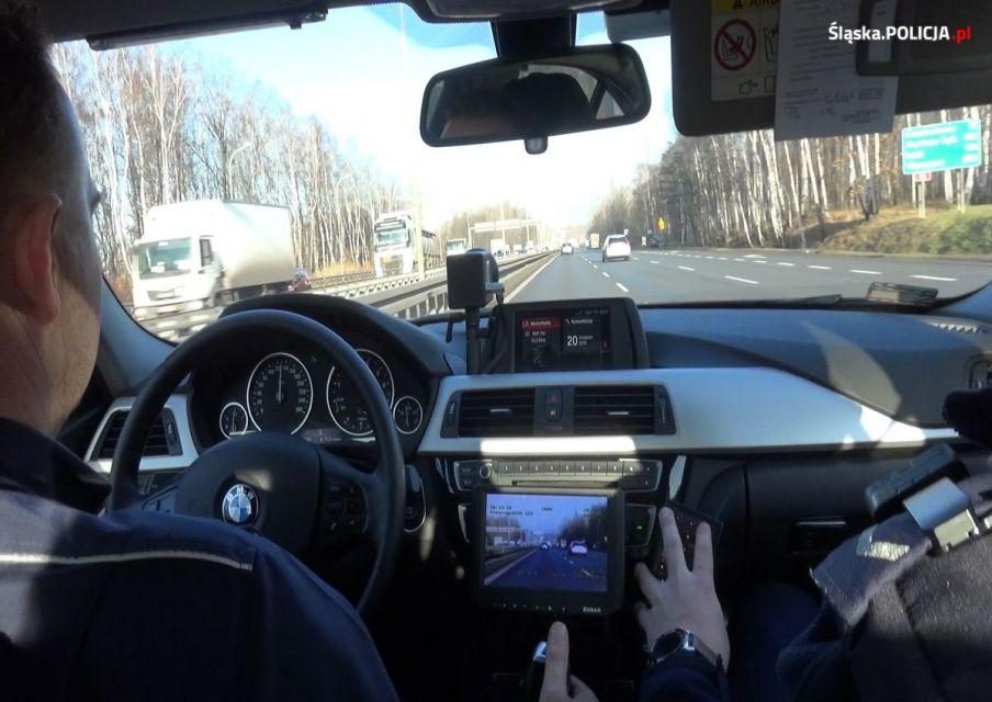 Policyjna grupa SPEED na Śląsku rozdała już ponad 14 tysięcy mandatów - galeria