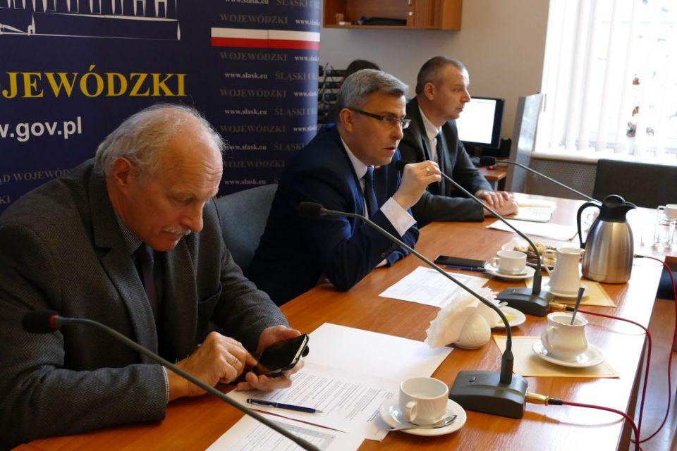 Akcja Zima: na Śląsku dla bezdomnych przygotowano 2500 miejsc, drogowcy też deklarują gotowość - galeria