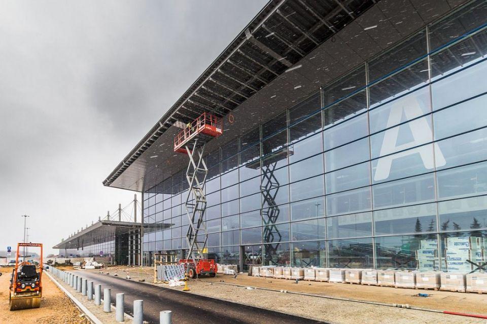 Pandemia koronawirusa nie wstrzymała prac inwestycyjnych w porcie lotniczym w Pyrzowicach - galeria