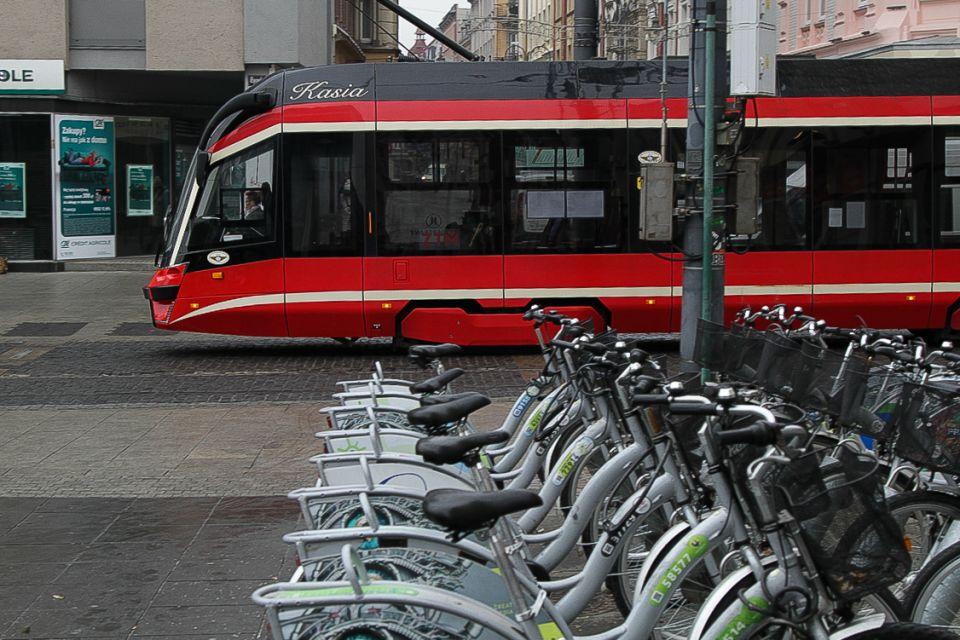 Metropolia chce wdrożyć system planowania podróży komunikacją miejską i transportem współdzielonym - galeria