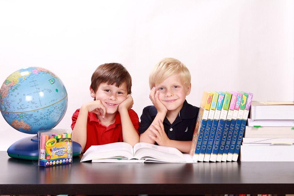 MEiN: W 97,3 proc. szkół podstawowych uczniowie klas I-III uczą się stacjonarnie - galeria