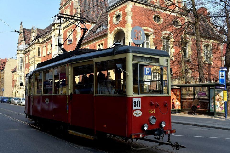 Bytom: W tym roku mija 38. rocznica uruchomienia jednej z najkrótszych linii tramwajowych w Europie - galeria